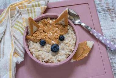 Nursery and Tutors in Croydon and Surrey. Nutrition for kids. Oats and peanut butter.